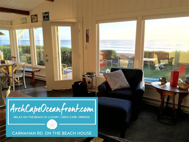 Castle Rock Cottage –  on the Beach
