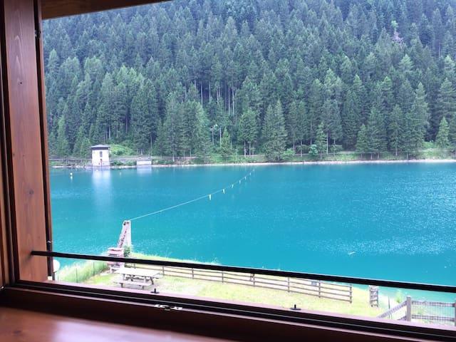 Casa sul Lago Auronzo int. 2
