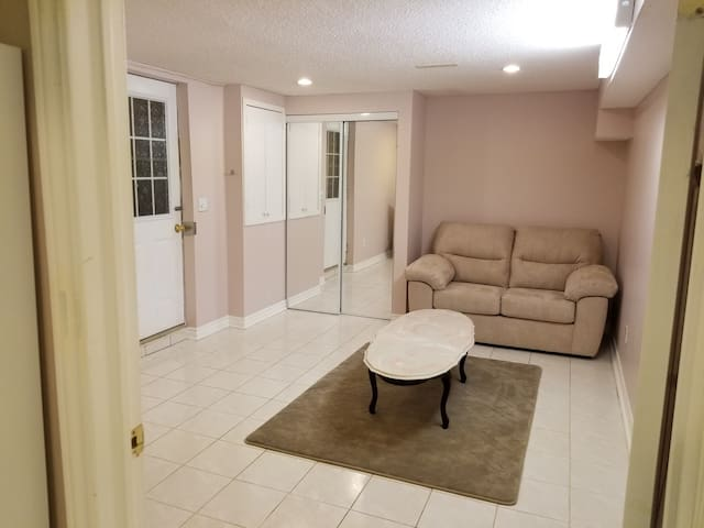Cozy and Beautiful One Bedroom Basement Apartment