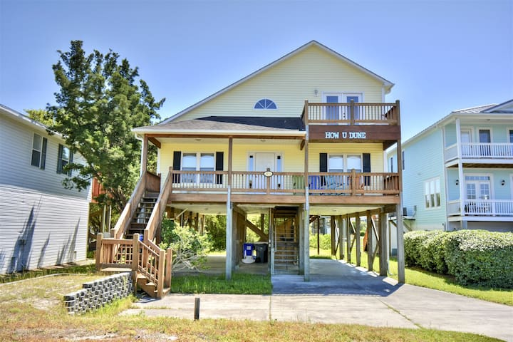 Great beach home with open floor plan, walk to the beach!