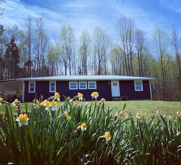 Riverside Cabin 2 | Bowling Green KY |Mammoth Cave