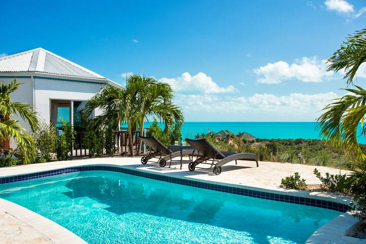 Private pool with the master suite on the left.