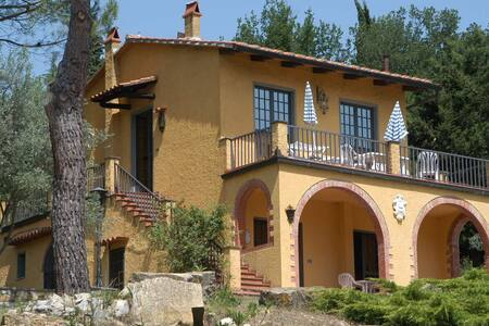 Beautiful panoramic views in the heart of Chianti - Tavarnelle Val di Pesa