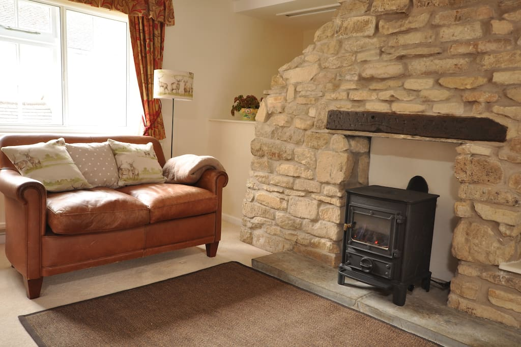 Easy gas fire for cosy winter evenings.