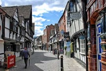 Medieval Friar St, Worcester 7m Shopping. Eat / drink by the river. First class cricket / Premiership rugby.
