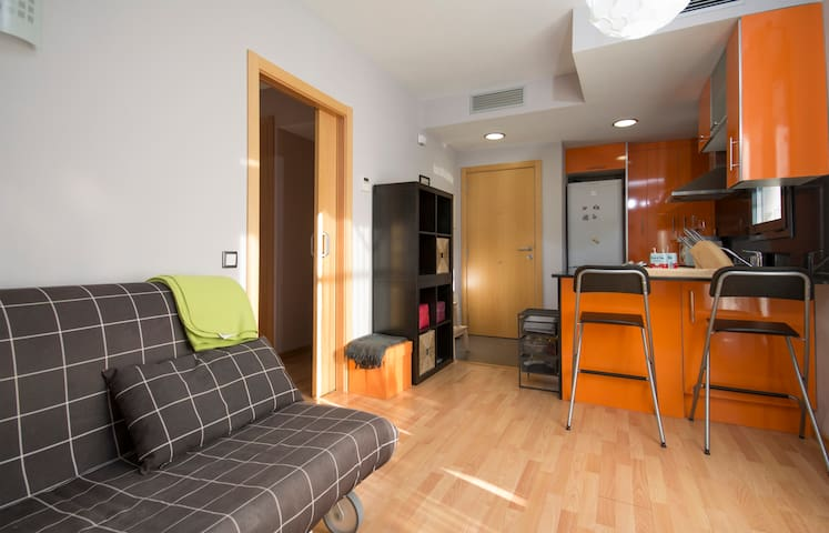 Lovely studio close to the beach in Calafell