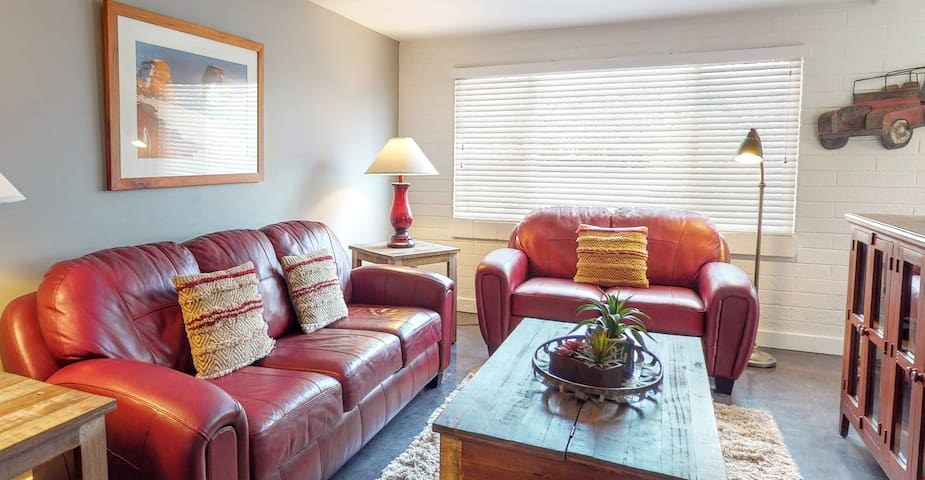 Pet Friendly and Freshly Updated. Close to Downtown and Arches - Purple Sage Flats #5