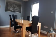 DINING AREA Spacious dining room . Sits six adults comfortably