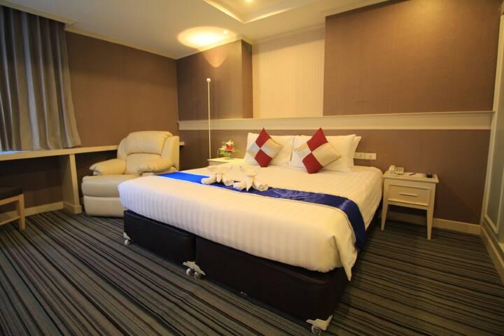 Comfy Junior Suite at V Wish Hotel