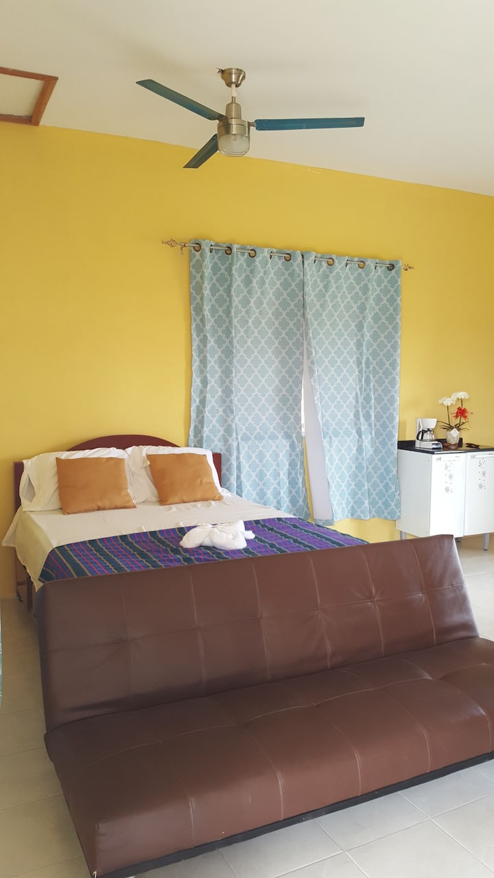 Ixora room 4