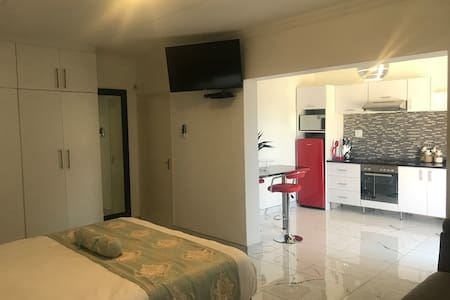 Luxurious Bachelor flat in Windhoek