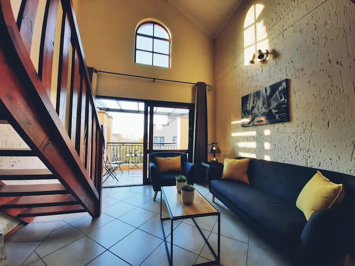 Fresh loft apartment with rooftop garden