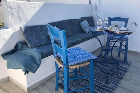Greek cycladic house in the  center of naousa