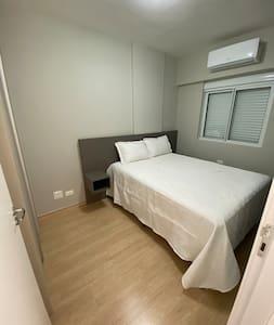 Apartamento novo, próximo ao Parque do Ingá