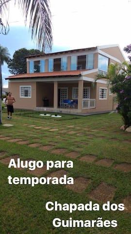 Casa linda em Condominio