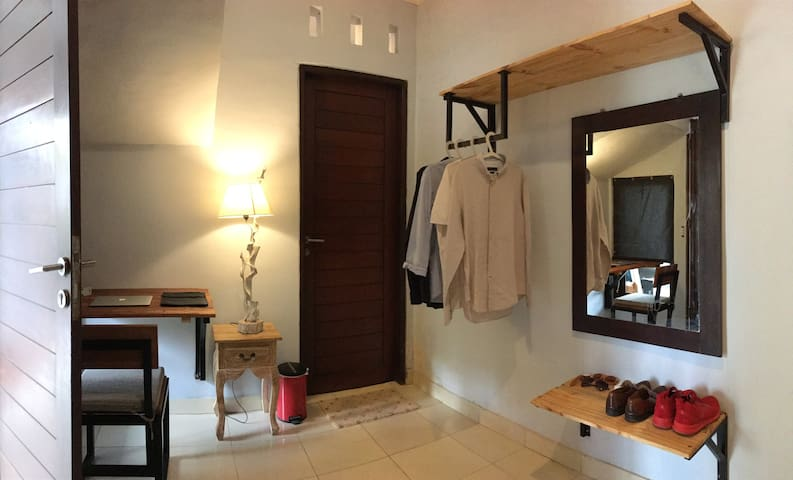@RONIN-4 - Private Room w/ Ensuite, Pool