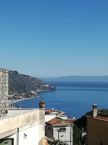 Panoramic Taormina Centre - Taormina - Apartment