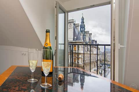 NOTRE DAME APARTMENT - STUNNING VIEW