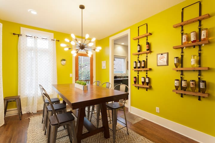 3 Bedroom Brownstone in Hillsboro Village