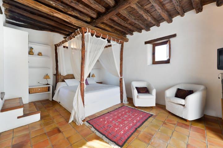 Beautiful Ibiza traditional villa