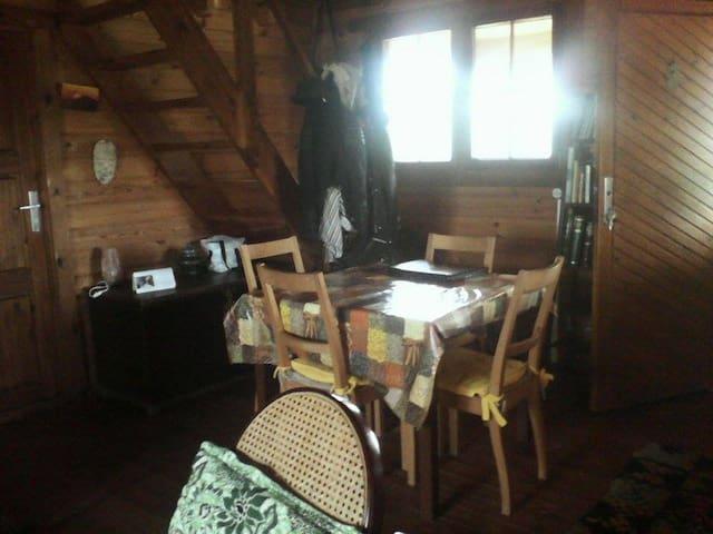Cabaña de madera con piscina - Mairena del Aljarafe - Casa de campo