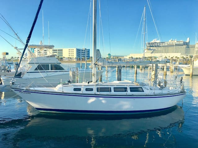 This Sailors Dream Boat is a Seaside Paradise - Port Canaveral