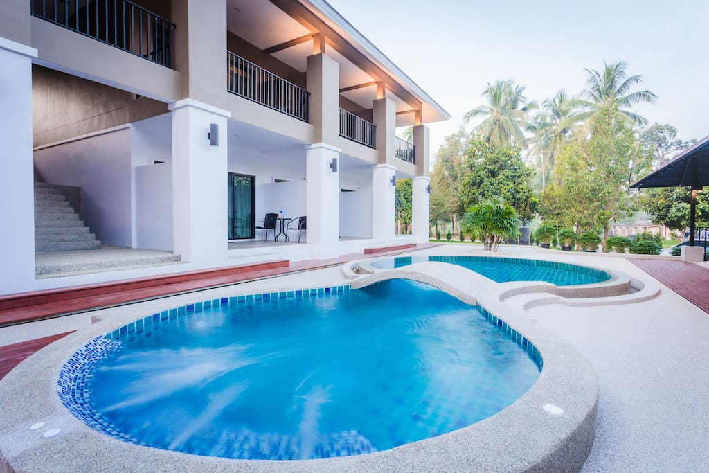 Retreat yourself at the Jacuzzi pool