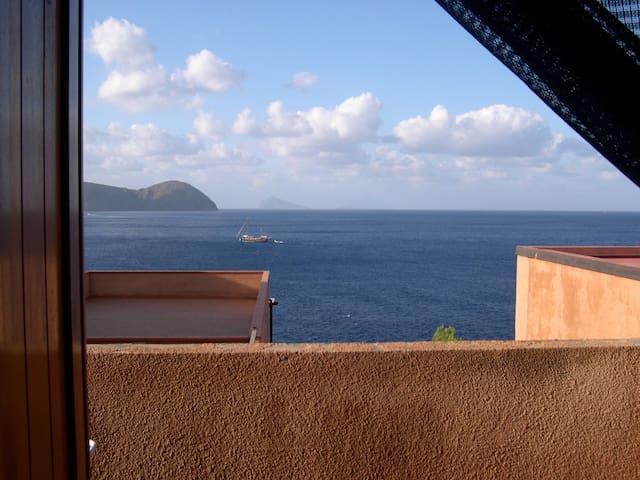 Monovano panoramico sul mare - Vulcano Porto - Appartement