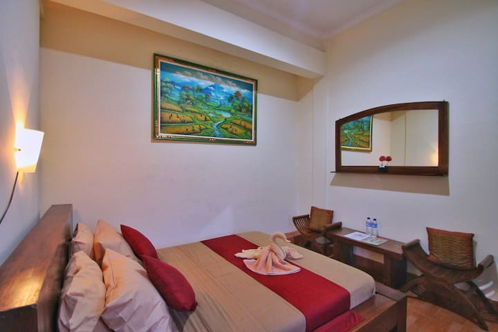 Affordable Room in Ubud (PURNAMA HOUSE)