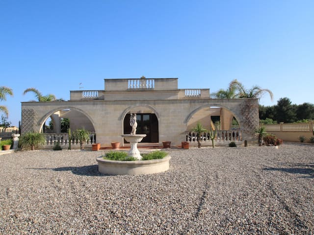 """Alberto"", 6-room villa 90 m² for 10 persons"