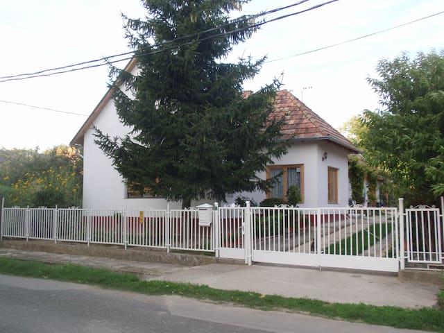 """Mokushaz"" agréable gîte rural"