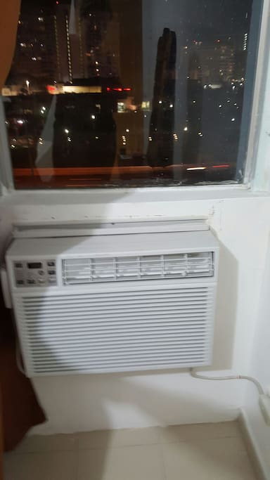 New a/c in the room because I had a couple of guests  complaining about the other one, so I decide to please you guys and get a new one!!! Sorry guys for the inconvenience 25% discount for the next trip for those who wasn't  happy about the a/c.