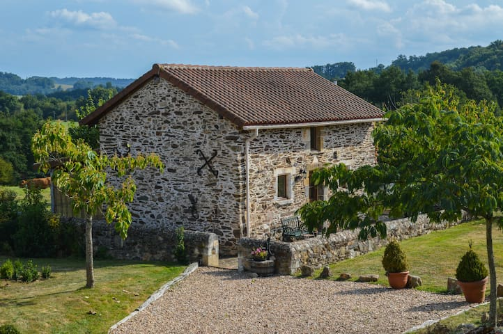 Dordogne detached idyllic gite - Saint-Martin-de-Fressengeas - บ้าน