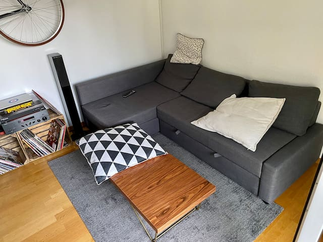Cozy Two Room Apartment in Schwabing West