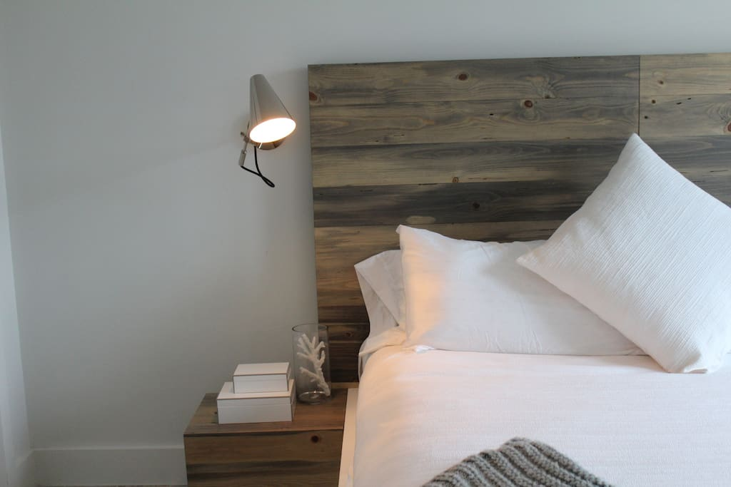 Bedside table with dimmable reading light