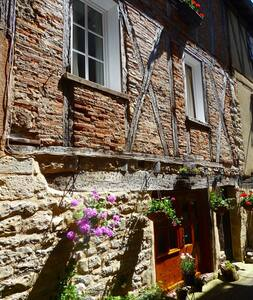 Charming self contained apartment (sleeps 4) - Saint-Antonin-Noble-Val