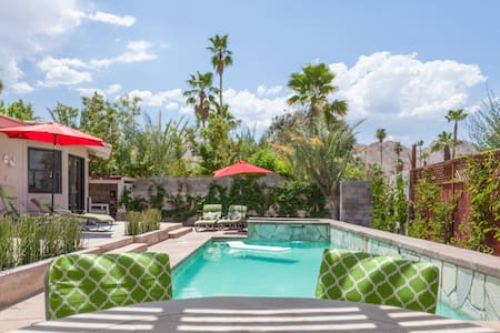 Fantastic modern home w/pool walk to the River - Rancho Mirage - Hus