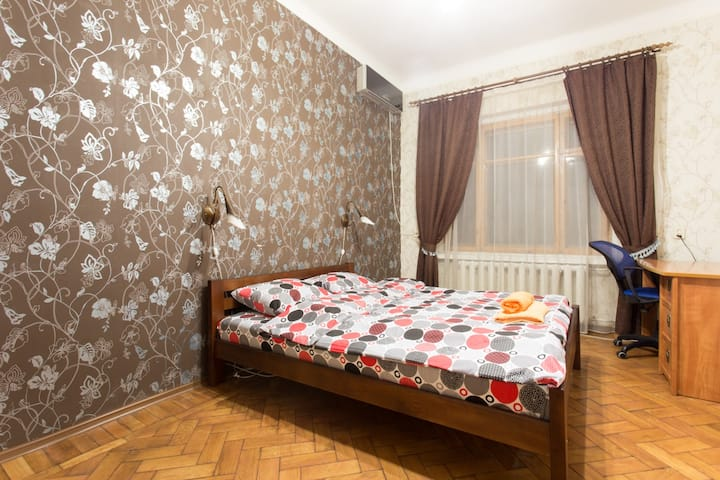 Квартира на Мироносицкой