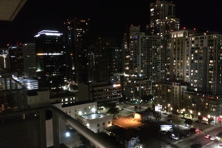 17th Floor Highrise Loft in Dowtown San Diego - San Diego