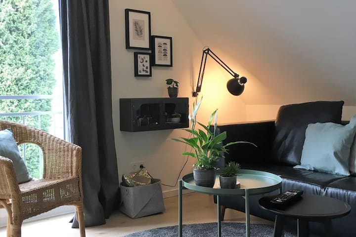 Modern apartment for 2, nearby DUS fair/airport