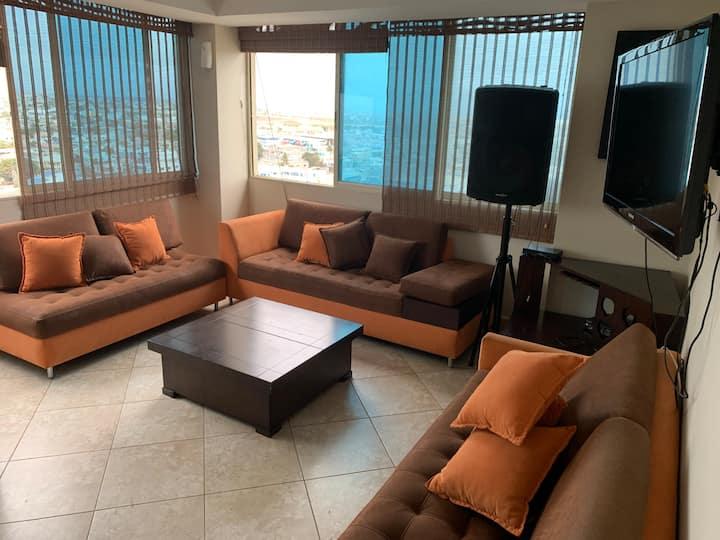 Apartamento ubicado frente al Malecón de Salinas