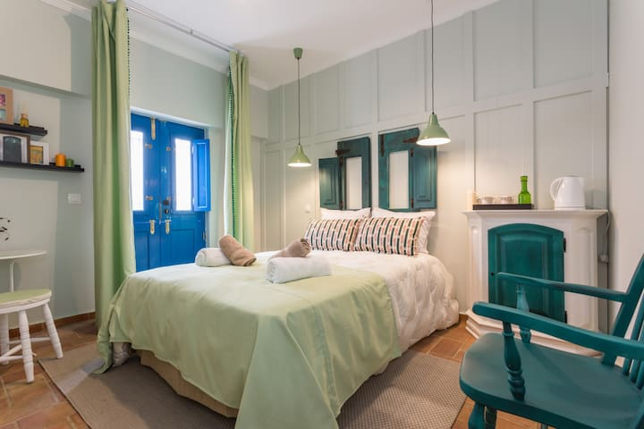 Casa do Postigo B&B Chita Verde - Tavira - Bed & Breakfast