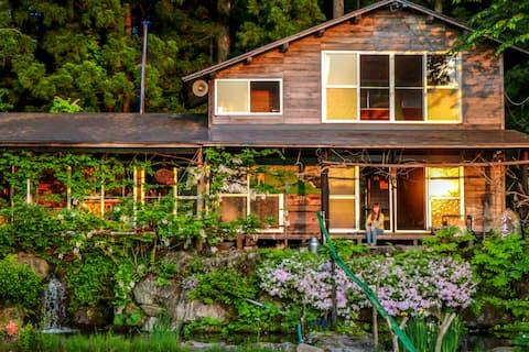Nostalgic wooden Farmhouse near Lake/2 meals