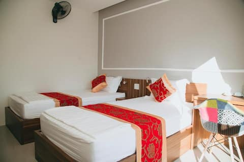 Backpacker Hostel in Ha Giang: Dorm Clean Bed