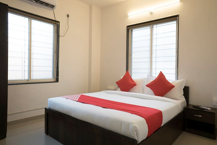 OYO Classic SMART Furnished Room in Pune