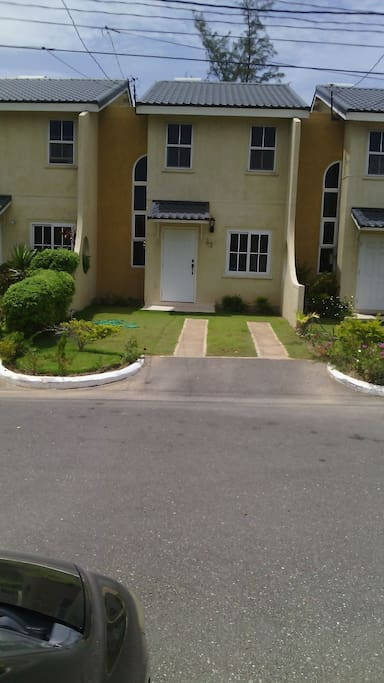 Coolahah Manor Portmore Houses For Rent In Portmore Saint Catherine Parish Jamaica