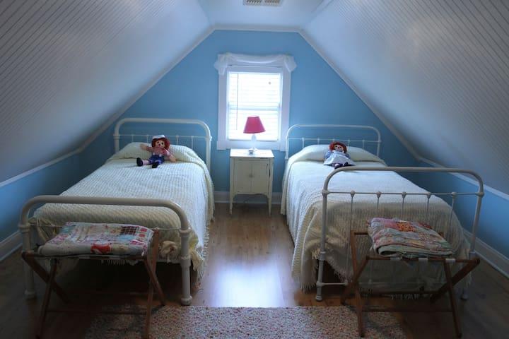 Cozy little attic room!