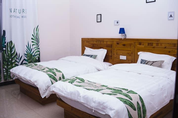 (全屋消毒 连住包接)涠洲岛幸福里微笑石螺口沙滩鳄鱼山风景区海景园景温馨双床房