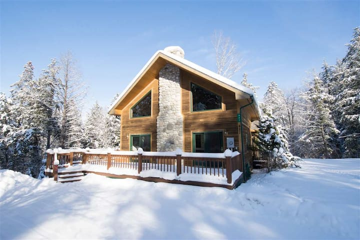 Ski Chalet/Mountain Bikers Dream