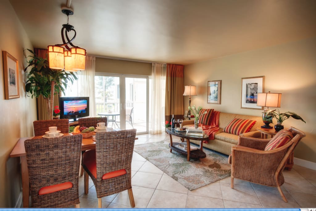 Two Bedroom Beachfront Condo On Sanibel Island Condominiums For Rent In Sanibel Florida